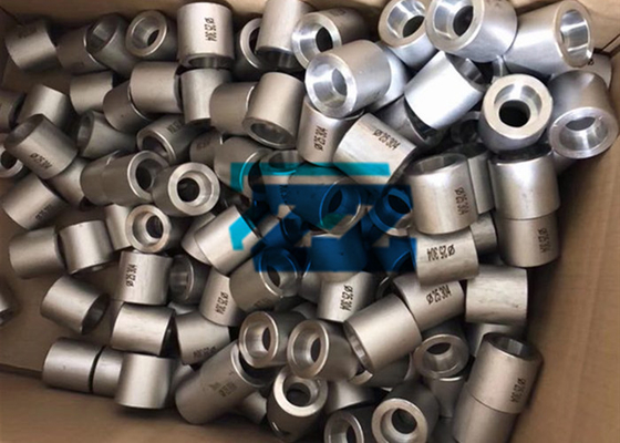 China 304 Stainless Steel Pipe Coupling DN25 Socket Weld Half Coupling ASTM A182 F304 factory